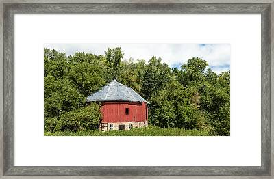 Framed Print featuring the photograph Hexagon Barn by Dan Traun