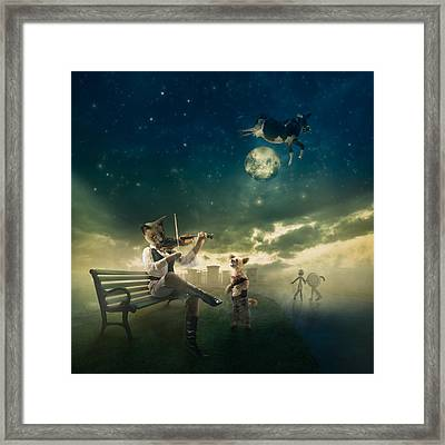 Hey Diddle Diddle Framed Print by Karen Alsop