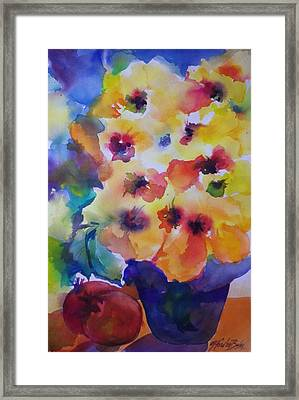 Hibiscus In Yellow Framed Print by Therese Fowler-Bailey