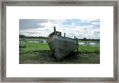 Low Tide Framed Print by Maria Joy