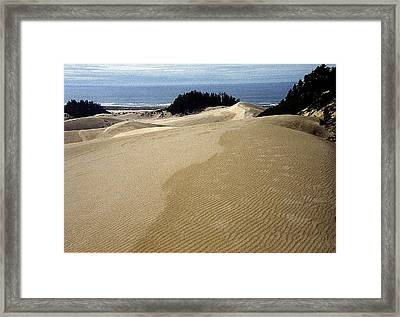 High Dunes 2 Framed Print