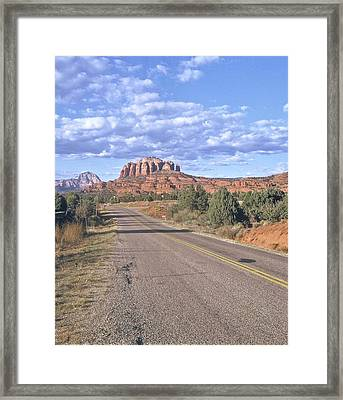 Highway To Sedona Framed Print by Gary Wonning