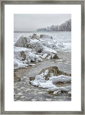 North Beach On A Winters Day By Dave Framed Print by Photography By Phos3 Kathryn Parent and Dave Paddick