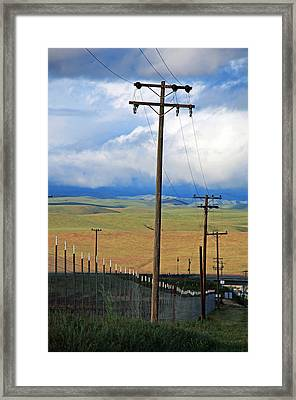 Hills Of Chatter Framed Print by Kathy Yates