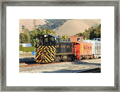 Historic Niles Trains In California . Old Southern Pacific Locomotive And Sante Fe Caboose . 7d10821 Framed Print