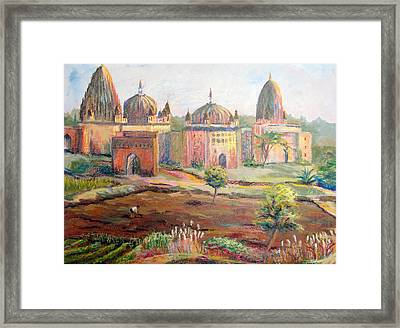 Hoeing By Hand In Orchha India Framed Print