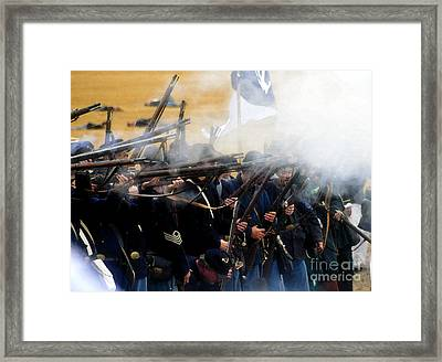 Holding The Line At Gettysburg Framed Print
