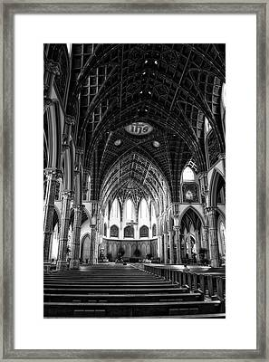 Holy Name Cathedral Chicago Bw 04 Framed Print