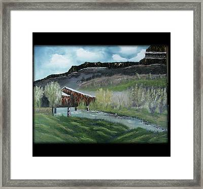 Honey Run Bridge Framed Print by Robin Lee