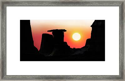 Hoodoo Sunrise Framed Print