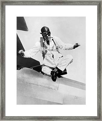 Hopes To Set Free Fall Record Framed Print by Underwood Archives