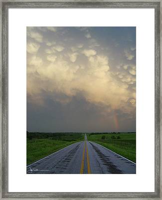 Horizon - Turn Right Framed Print