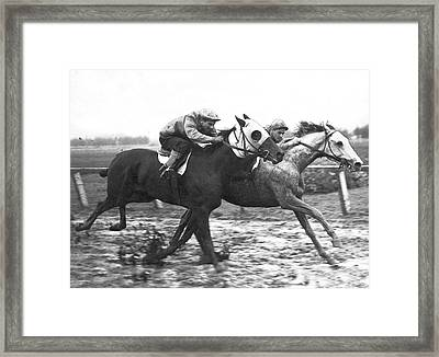 Horse Race In Los Angeles Framed Print by Underwood Archives