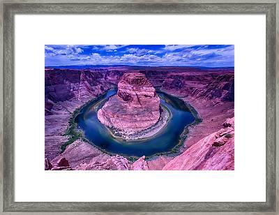 Horseshoe Bend Framed Print by Garry Gay