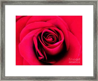 Hot Lips Framed Print by Molly McPherson