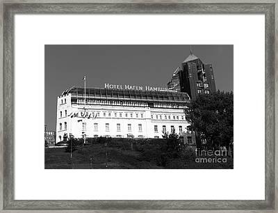 Hotel Hafen Hamburg Mono Framed Print