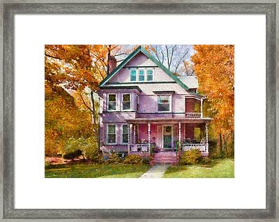 House - Cranford Nj - An Adorable House Framed Print by Mike Savad