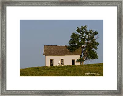 House On The Hill Framed Print by Don Durfee