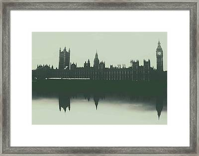 Houses Of Parliament Framed Print by Martin Newman
