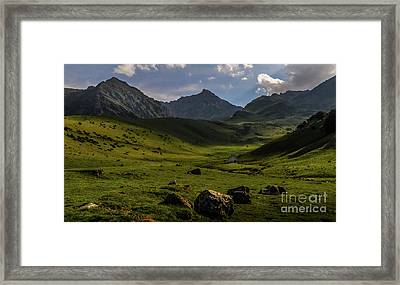 How Green Is My Valley Framed Print by Robert Brown
