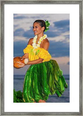 Dancing With My Ipu Framed Print by Lee Kappel
