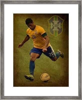 Hulk Kicks Givanildo Vieira De Souza Framed Print by Lee Dos Santos