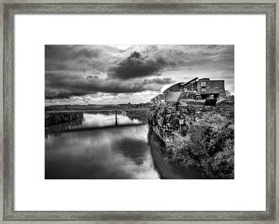 Hunter Museum And Tennessee River In Black And White Framed Print by Greg Mimbs