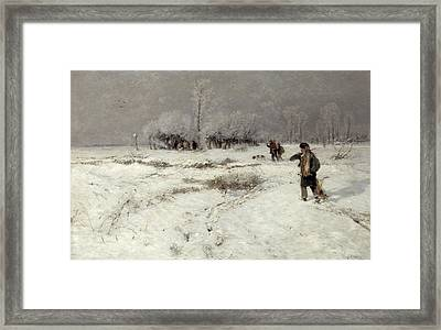 Hunting In The Snow Framed Print by Hugo Muhlig
