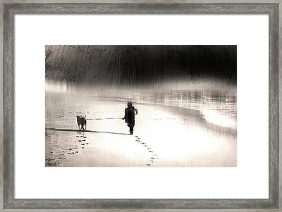 Framed Print featuring the photograph Hurry Home by Gray  Artus