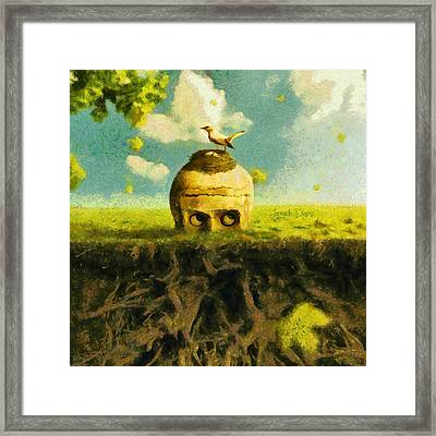 I Can See You Bird - Da Framed Print