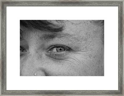 Framed Print featuring the photograph I See You by Rob Hans