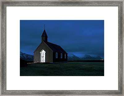Framed Print featuring the photograph Icelandic Church At Night by Dubi Roman