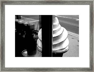 Framed Print featuring the photograph Iceycreamo by Jez C Self