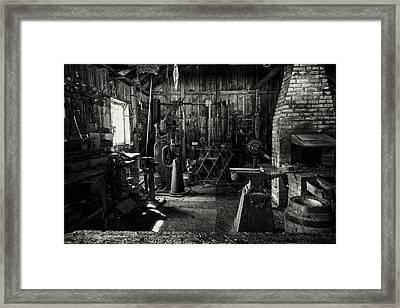 Idle Bw Framed Print