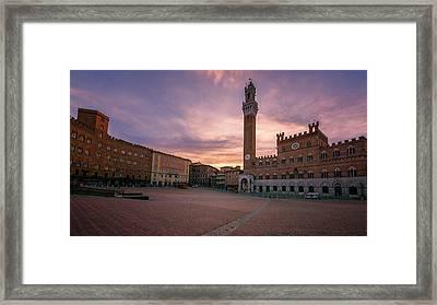 Il Campo Dawn Siena Italy Framed Print by Joan Carroll