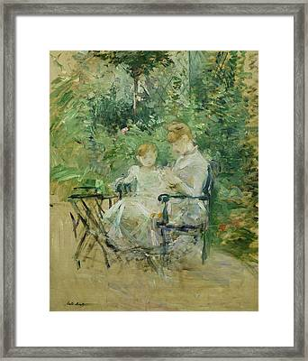 In The Garden Framed Print by Berthe Morisot