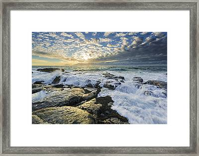 Incoming II Framed Print by Robert Bynum