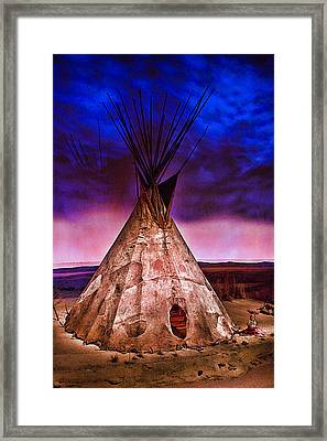 Indian Sculpture 2 Framed Print by Wendy White