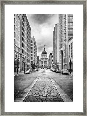 Framed Print featuring the photograph Indiana State Capitol Building by Howard Salmon