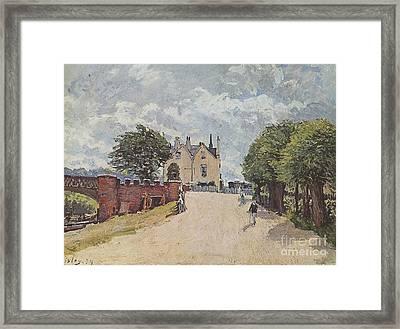 Inn At East Molesey Framed Print