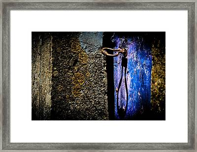 Framed Print featuring the photograph Inside by Edgar Laureano