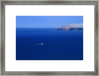 Island Getaway Framed Print by Dan Sproul