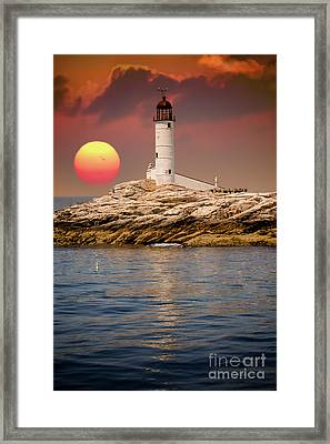 Isles Of Shoals Lighthouse At Sunset Framed Print
