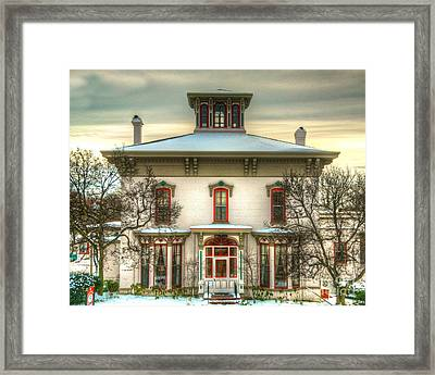 Its History-2 Framed Print by Robert Pearson