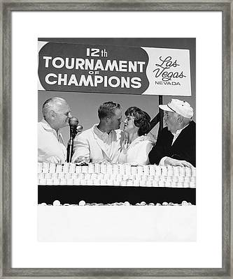 Jack Nicklaus And Wife Framed Print by Underwood Archives