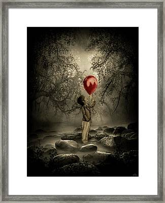 jfx2016-Sending my love Framed Print by Emilio Arostegui