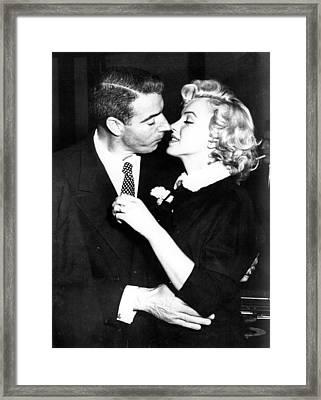 Joe Dimaggio, Marilyn Monroe Framed Print