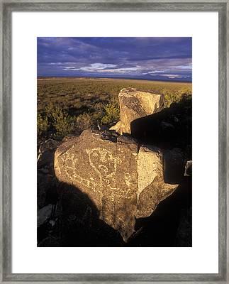 Jornada Mogollon Petroglyph Site Human Framed Print by Rich Reid