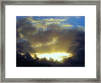 Kaua'i Sunset Framed Print