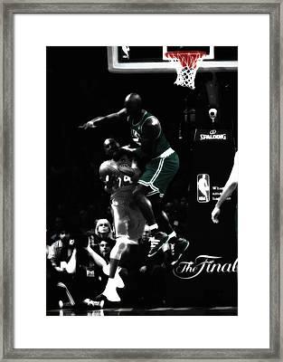 Kevin Garnett And Kobe Framed Print